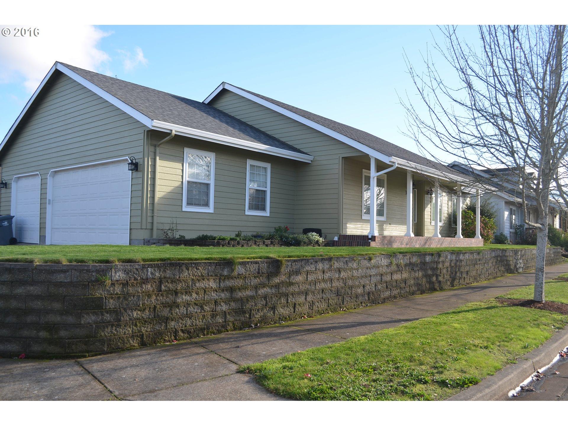 3689 WILLOWBROOK ST, Eugene OR 97404