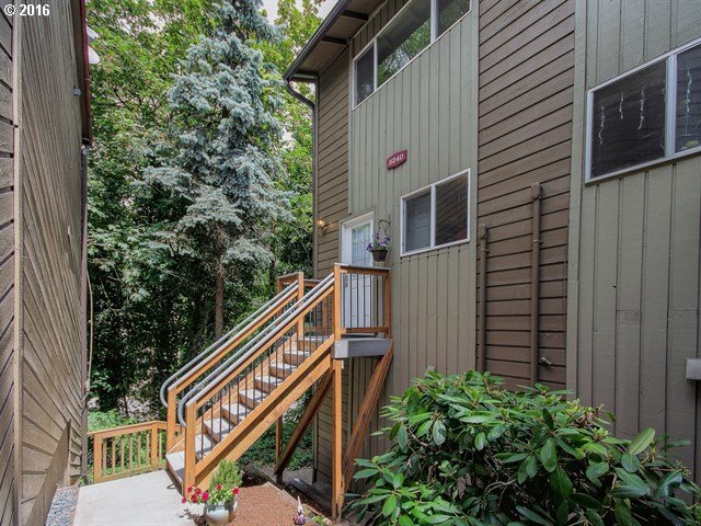 5240 SW 42ND AVE, Portland, OR 97221