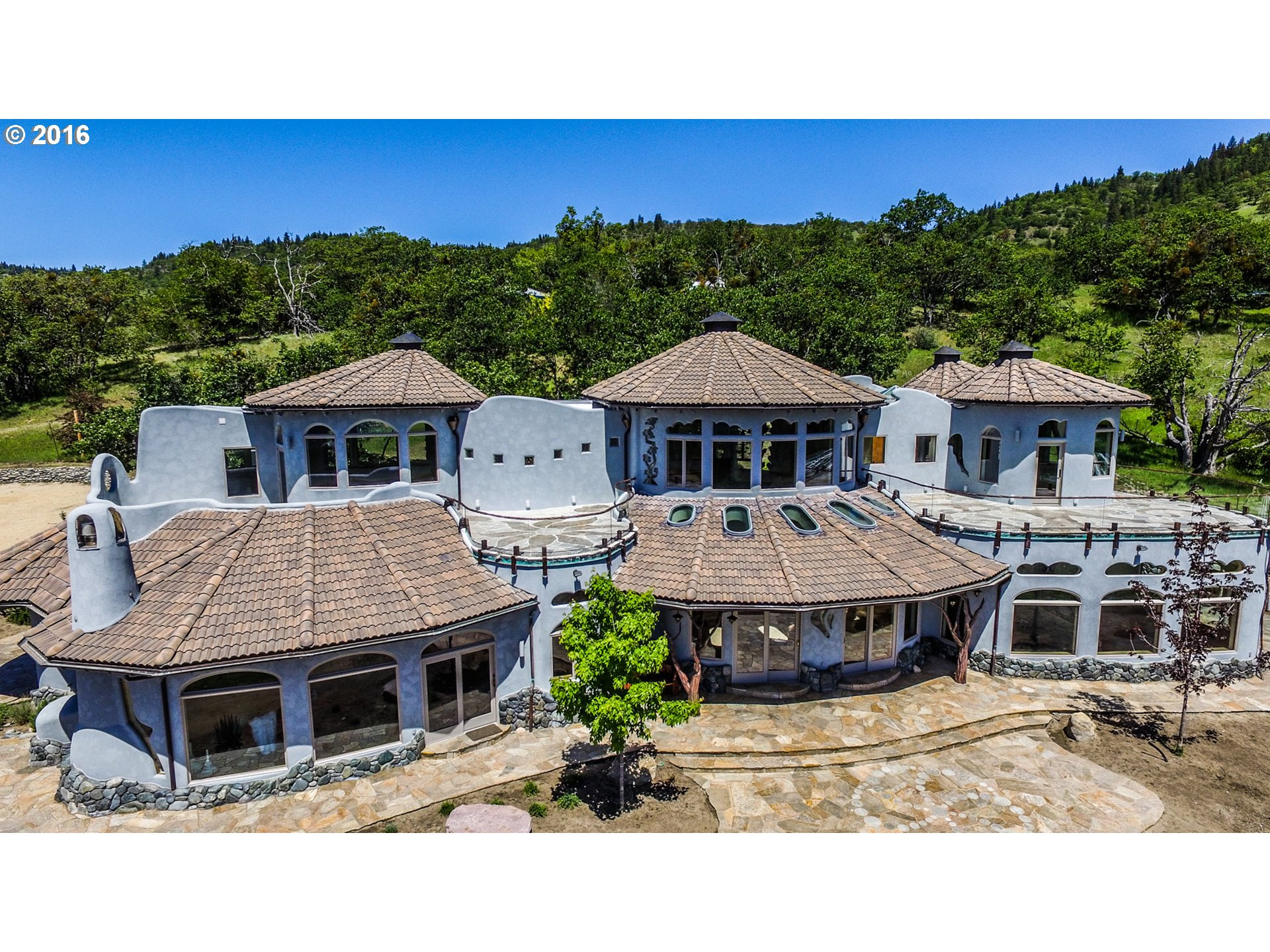 luxe platinum properties portland oregon real estate