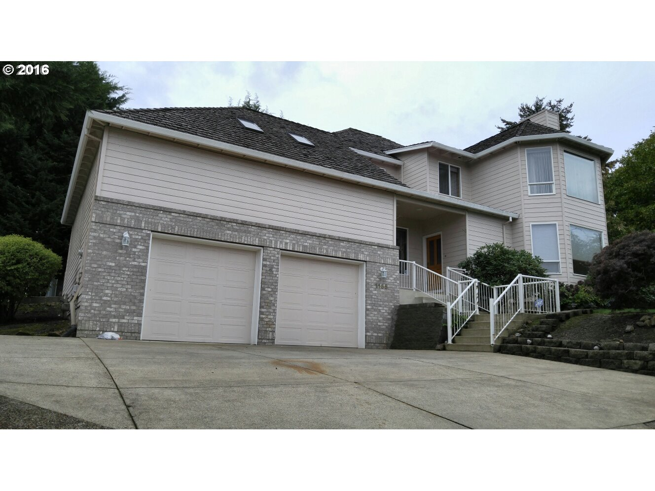 1155 NW SUNRISE CT, McMinnville, OR 97128