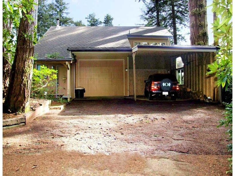 5680 SHADY LN, Florence, OR 97439