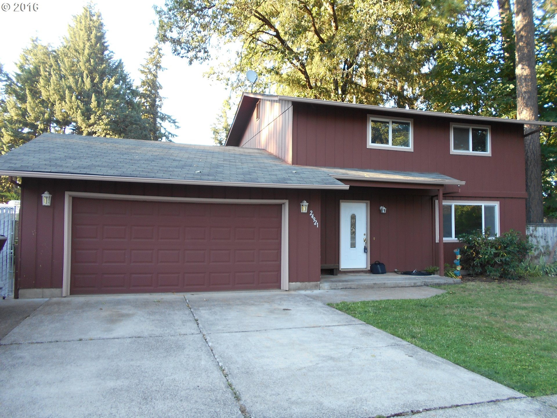 24921 WOODLAND AVE, Veneta OR 97487