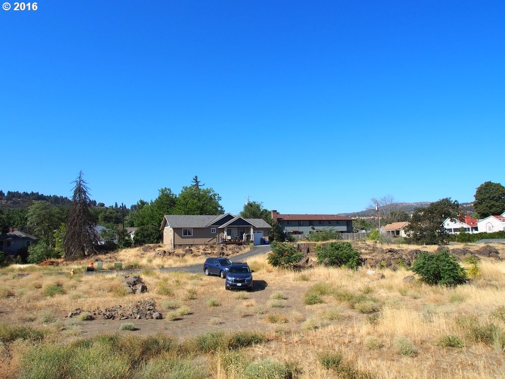 515 LINCOLN ST, THE DALLES, OR 97058  Photo 6