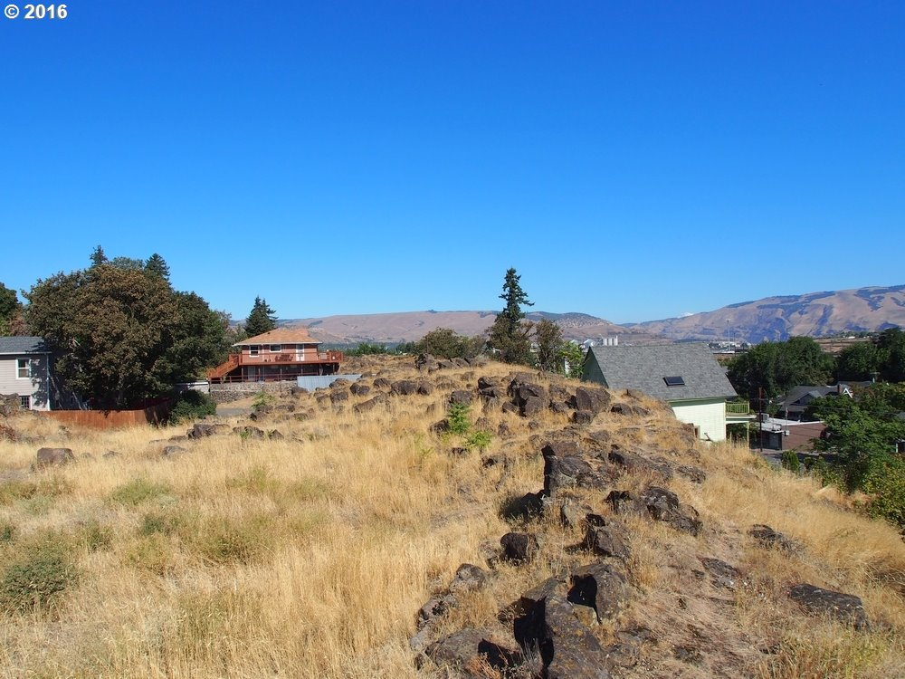 515 LINCOLN ST, THE DALLES, OR 97058  Photo 7