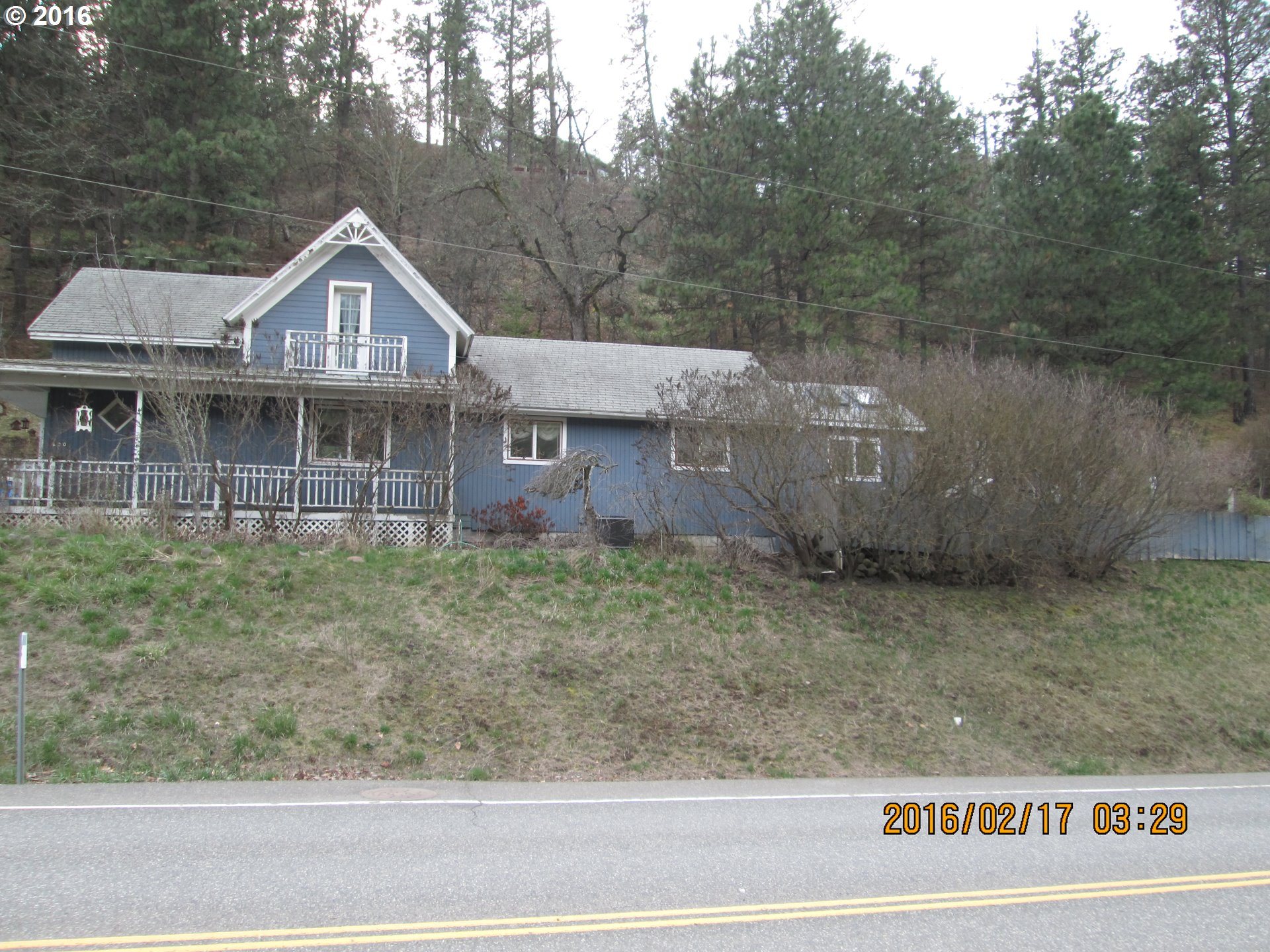 200 THIRD AVE, Mosier, OR 97040
