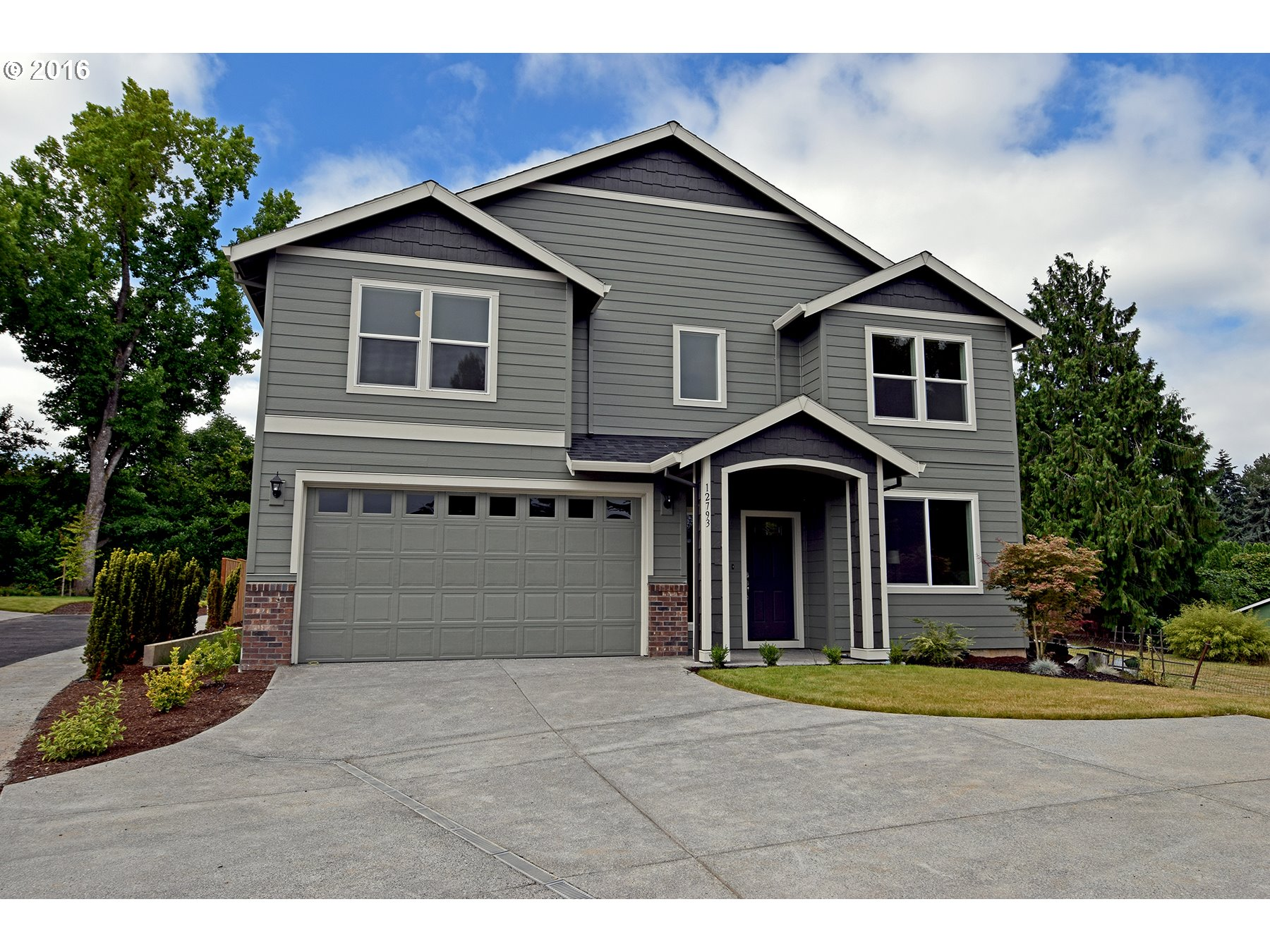 12793 SW King PL, Tigard OR 97223