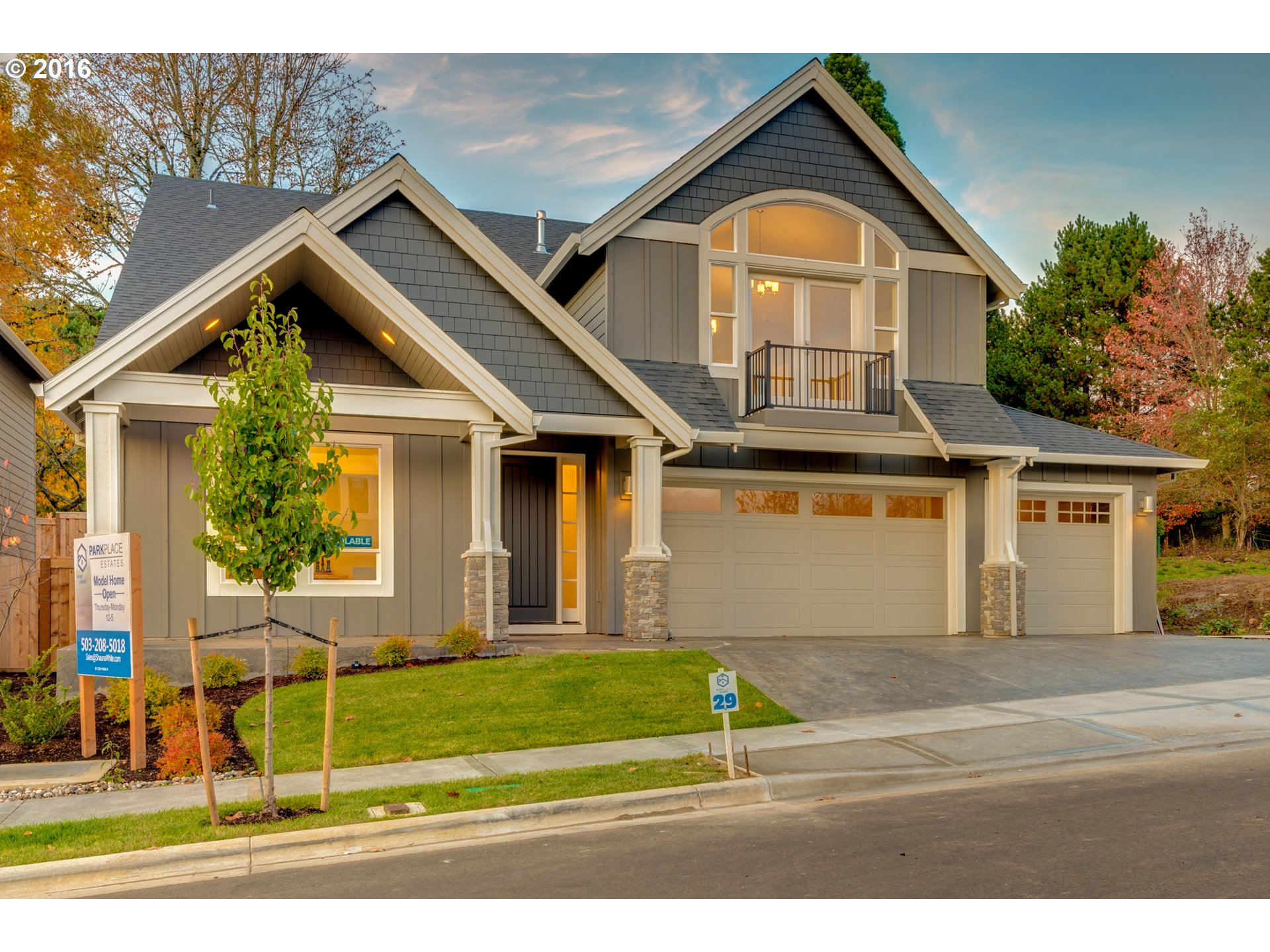 2963 sq. ft 4 bedrooms 2 bathrooms  House For Sale,Portland, OR