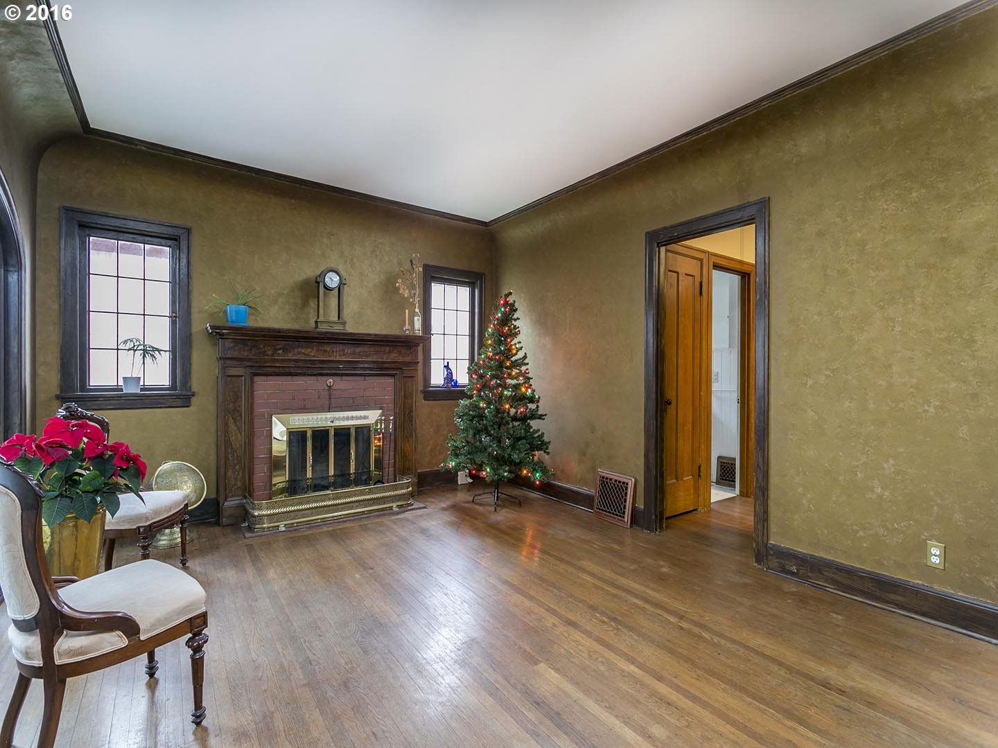 1886 sq. ft 2 bedrooms 1 bathrooms  House For Sale,Portland, OR