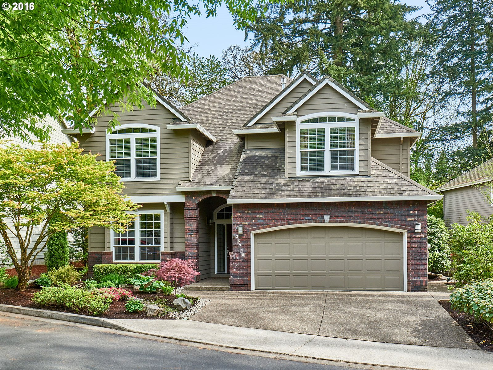 $550,000 - 4Br/4Ba -  for Sale in The Enclave, Wilsonville