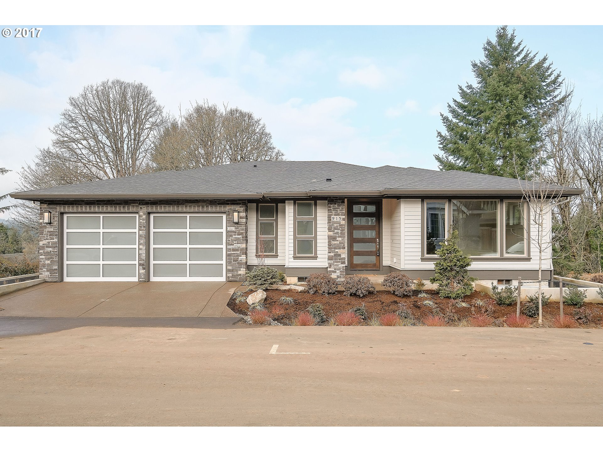 915 CEDAR ST, Lake Oswego, OR 97034