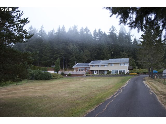 85155 PEACEFUL VALLEY RD, Eugene OR 97401