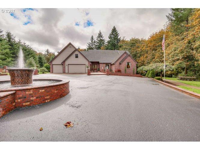 10550 S KELLAND CT, Oregon City, OR 97045