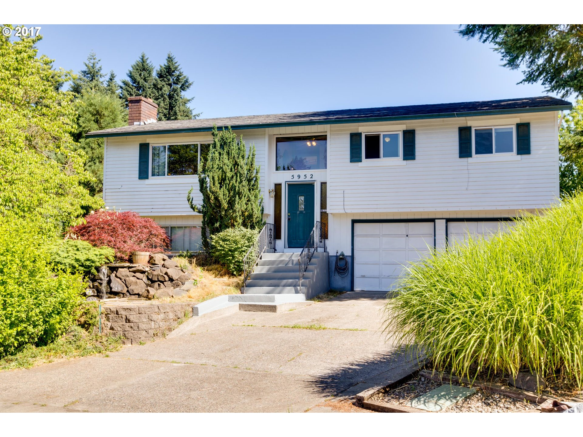 This split level at the end of a cul-de-sac is has easy access to Nike, Intel, Cooper Mountain, Progress Ridge and plenty of shopping. A functional layout with an open concept living room, dining area and kitchen. Some extra features include: lower level bonus room, large deck and yard, flowing fountain in front, large driveway, fenced off dog run, chicken coop, 2 raised beds, fruit trees and matured landscaping. A great neighborhood!