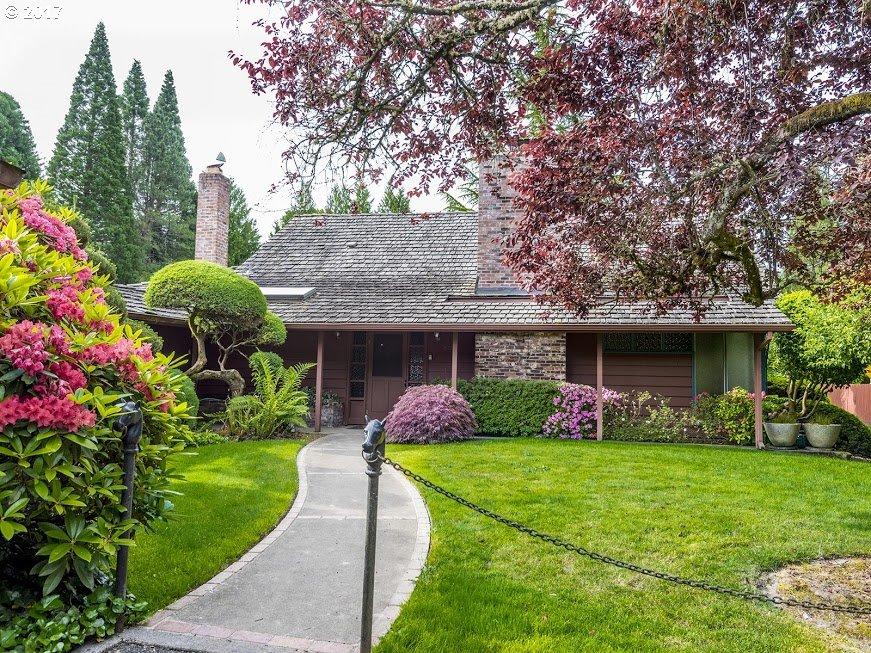 8600 SW GARDEN HOME RD, Portland OR 97223
