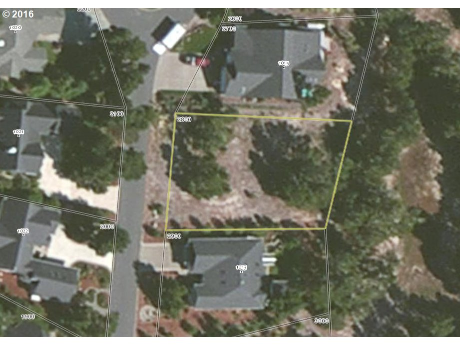 1014 Prestwick CT, Florence, OR 97439