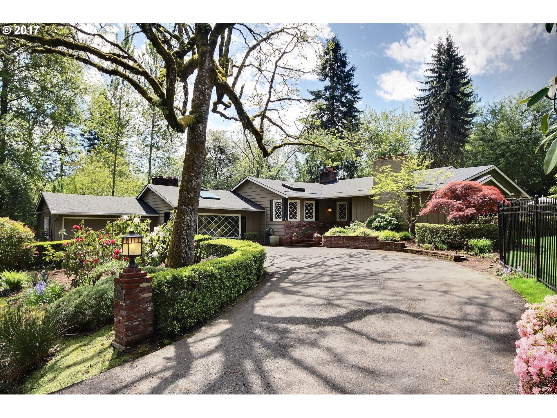 2475 GLENMORRIE DR, Lake Oswego, OR 97034
