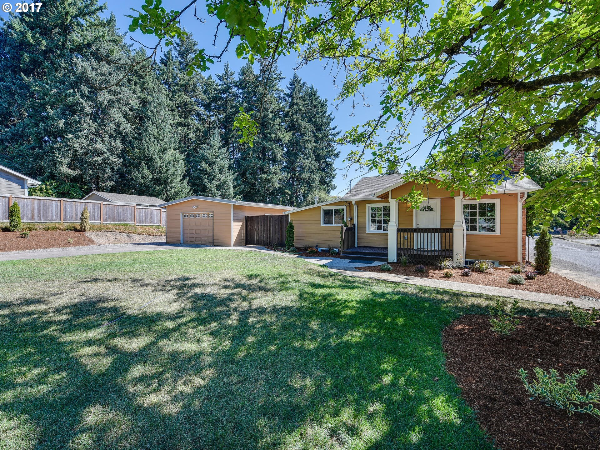 10592 SE 55TH AVE, Milwaukie, OR 97222