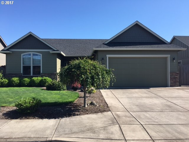 1065 LADD AVE, Junction City, OR 97448