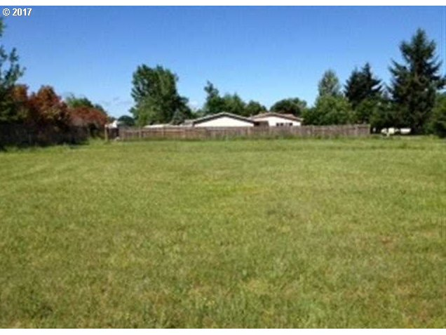 1274 45TH AVE, Sweet Home, OR 97386