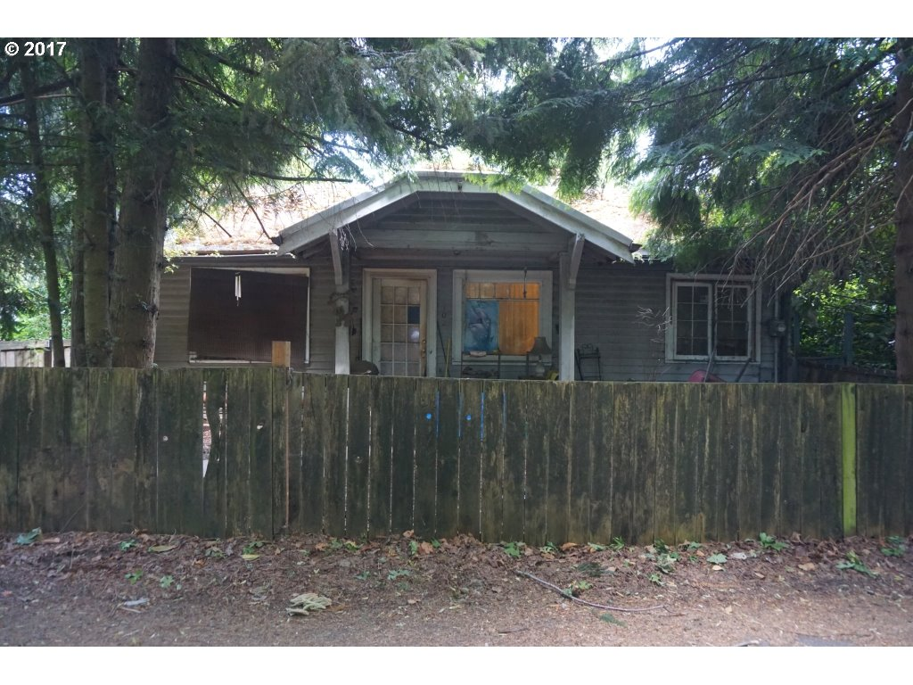 7102 SW CAPITOL HILL RD, Portland, OR 97219