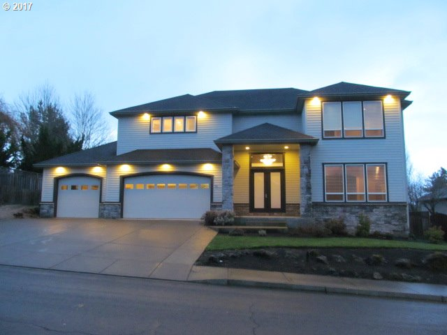 712 NW ALLEN CT, McMinnville, OR 97128