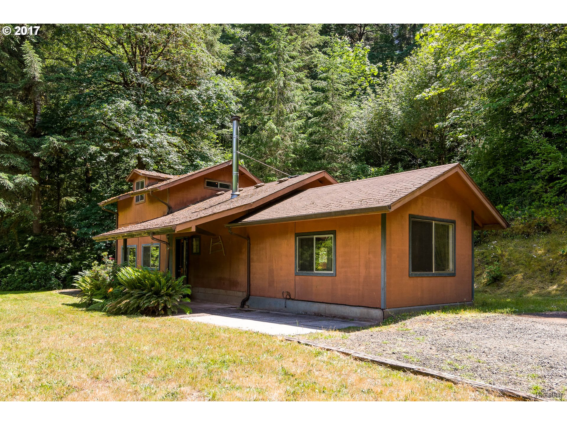 35100 PERKINS CREEK RD, Cottage Grove, OR 97424