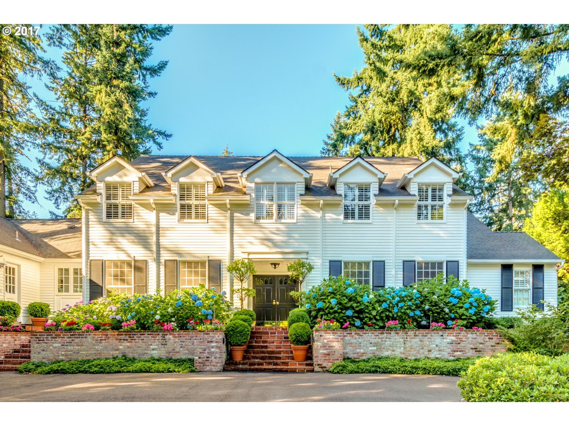 888 FAIRWAY RD, Lake Oswego OR 97034