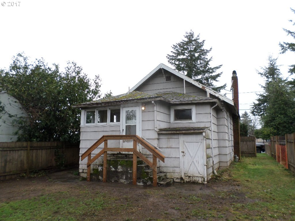 1700 sq. ft 2 bedrooms 1 bathrooms  House ,Portland, OR