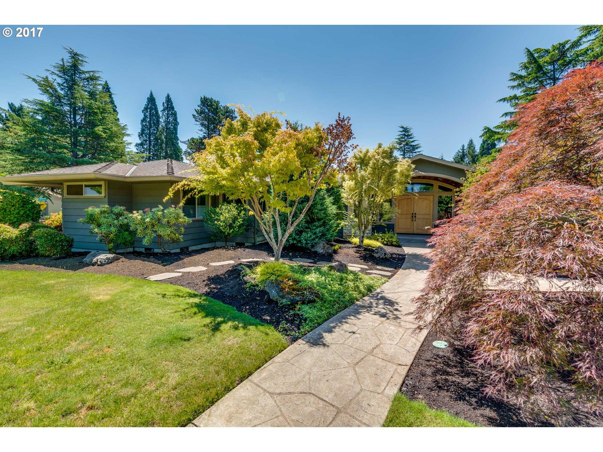 11100 SW WAVERLY PL SW, Portland, OR 97225
