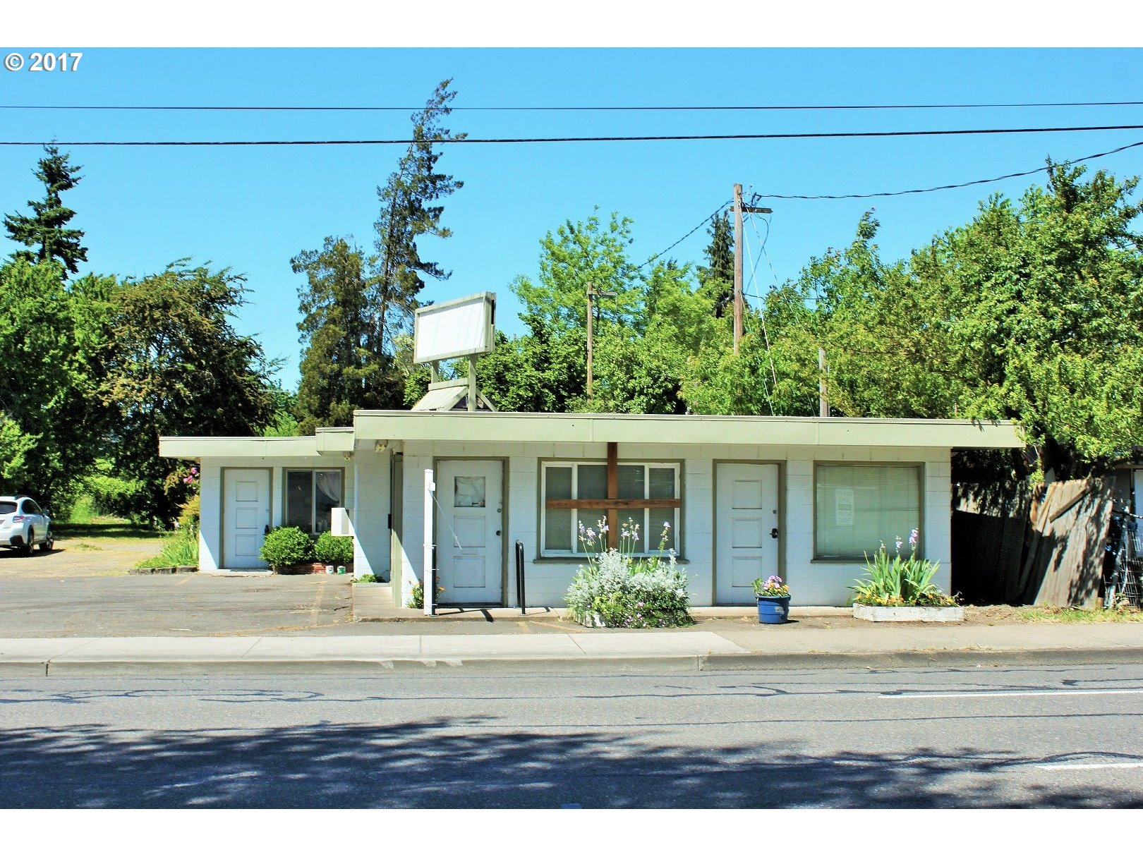 1212 S A ST, Springfield, OR 97477