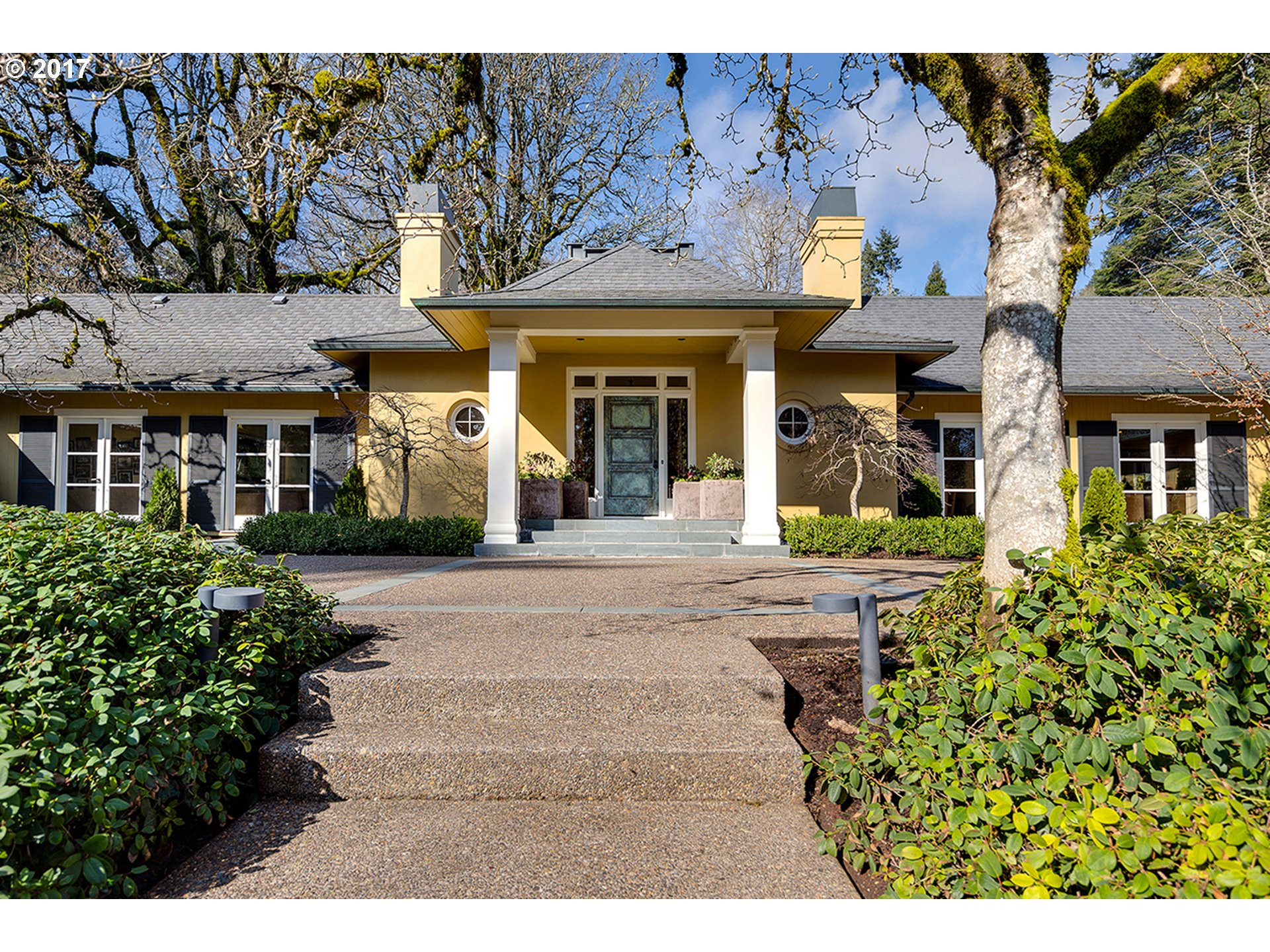 12727 SW IRON MOUNTAIN BLVD, Portland, OR 97219