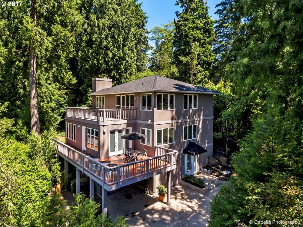 2358 SUMMIT DR, Lake Oswego, OR 97034