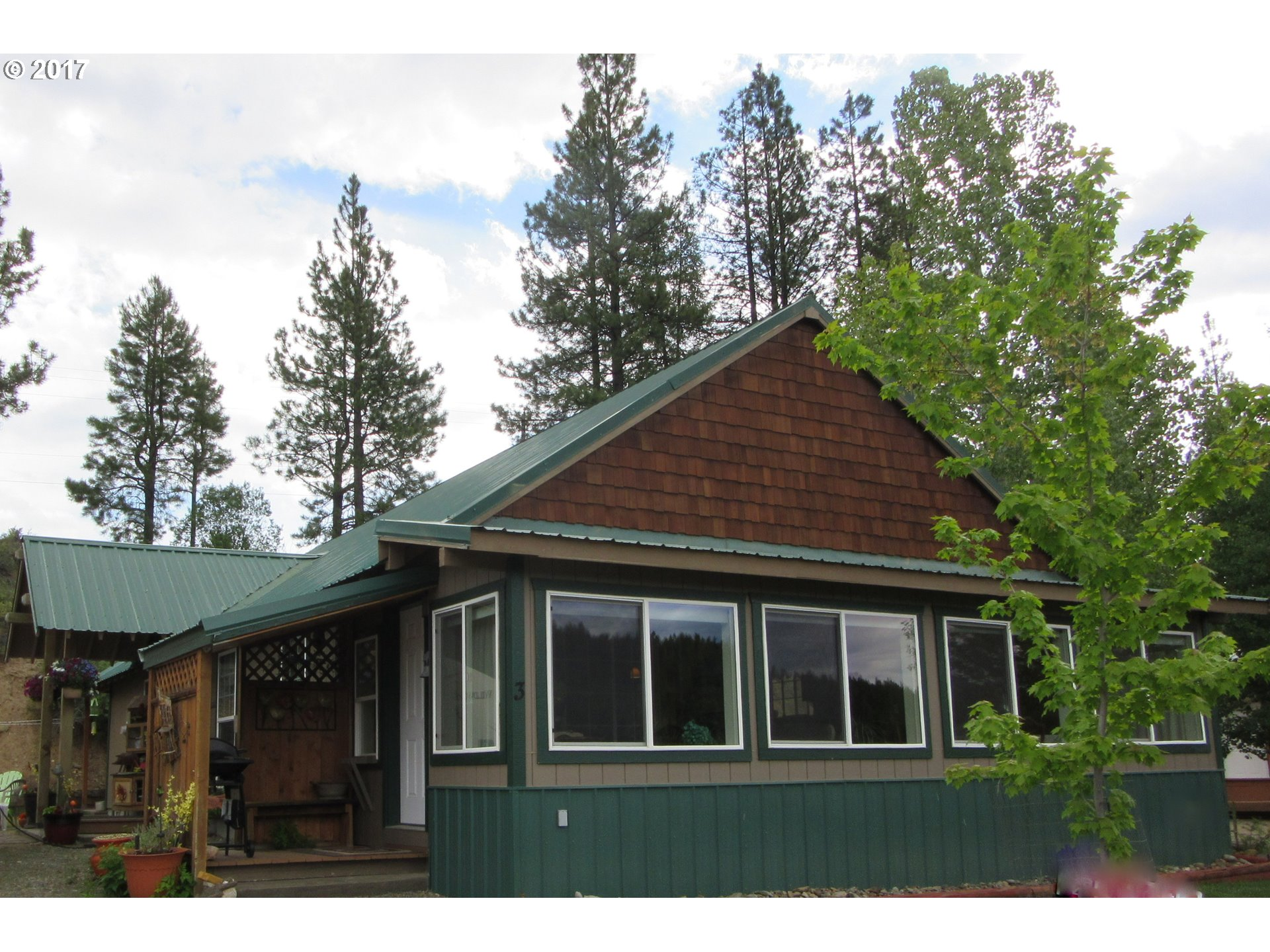 3 Iron Horse Loop, Sumpter, OR 97877