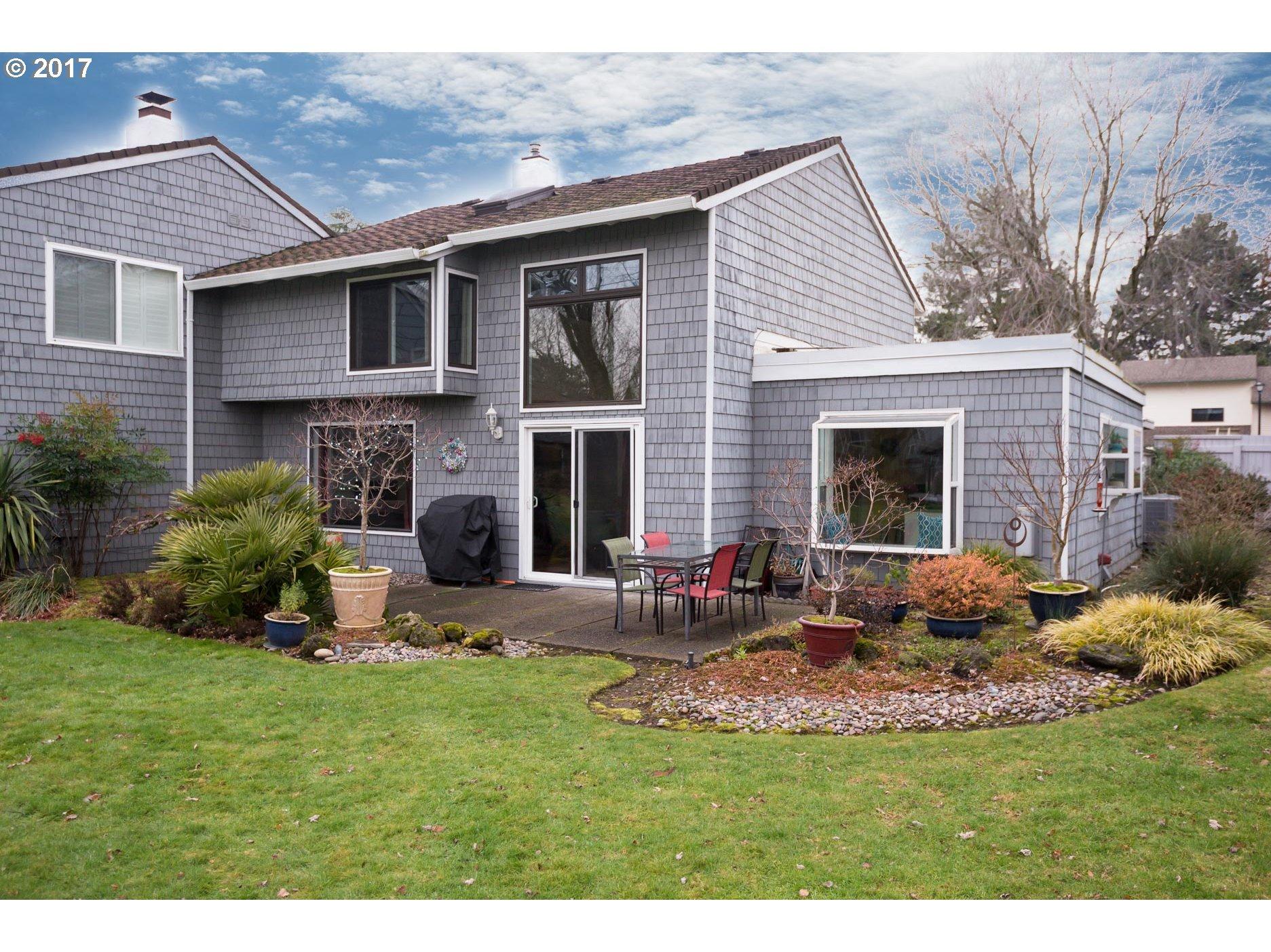 638 N HAYDEN BAY DR, Portland OR 97217