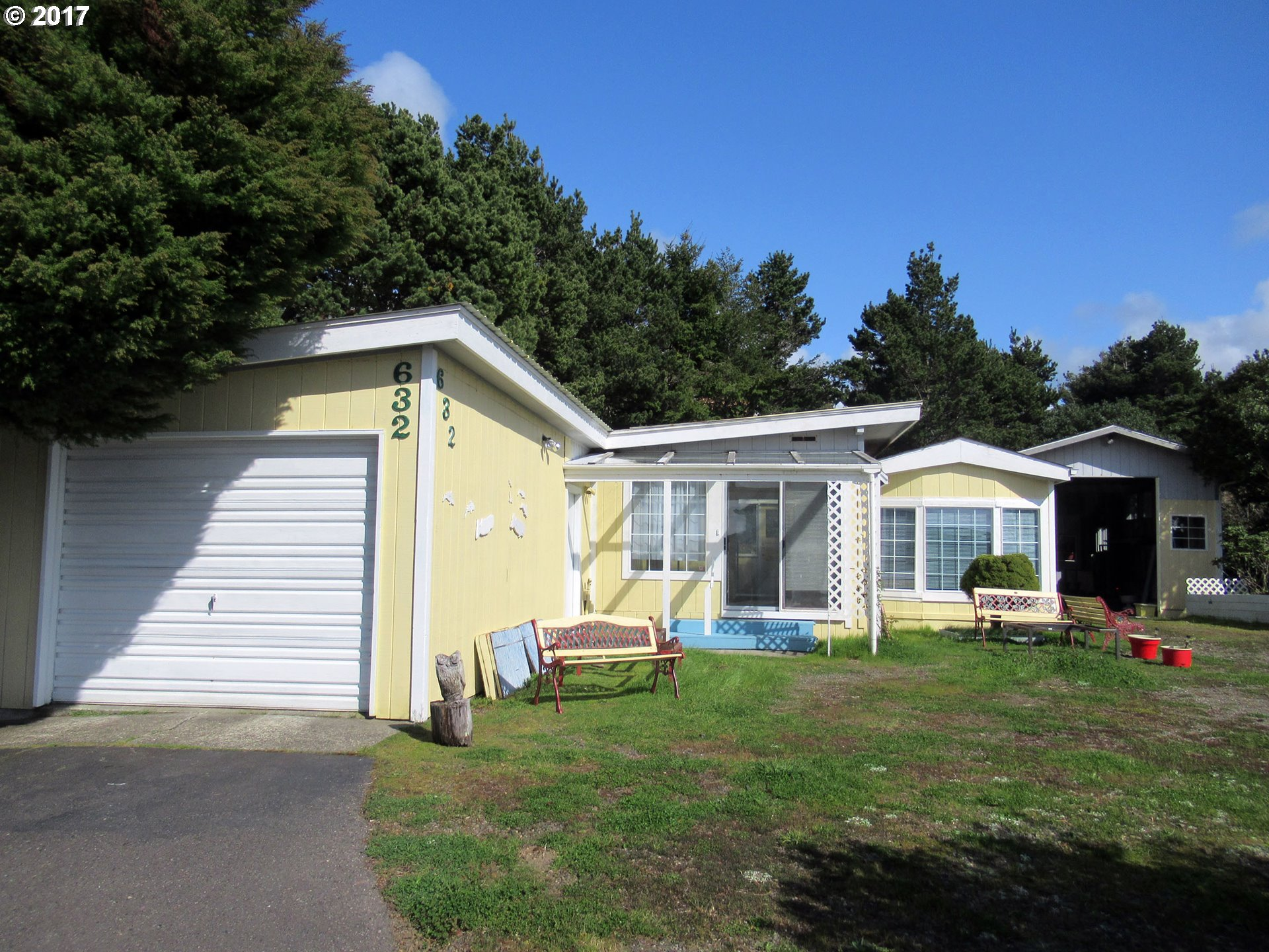 1601 Rhododendron DR 632, Florence, OR 97439