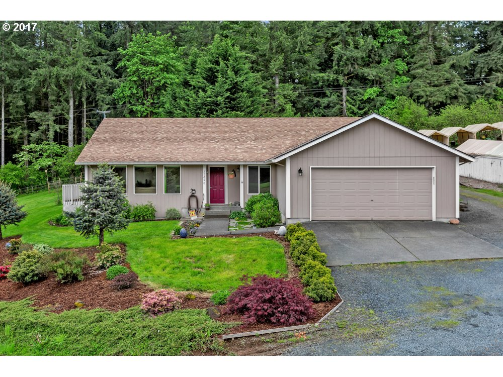 32698 BERRY HILL DR, St. Helens, OR 97051
