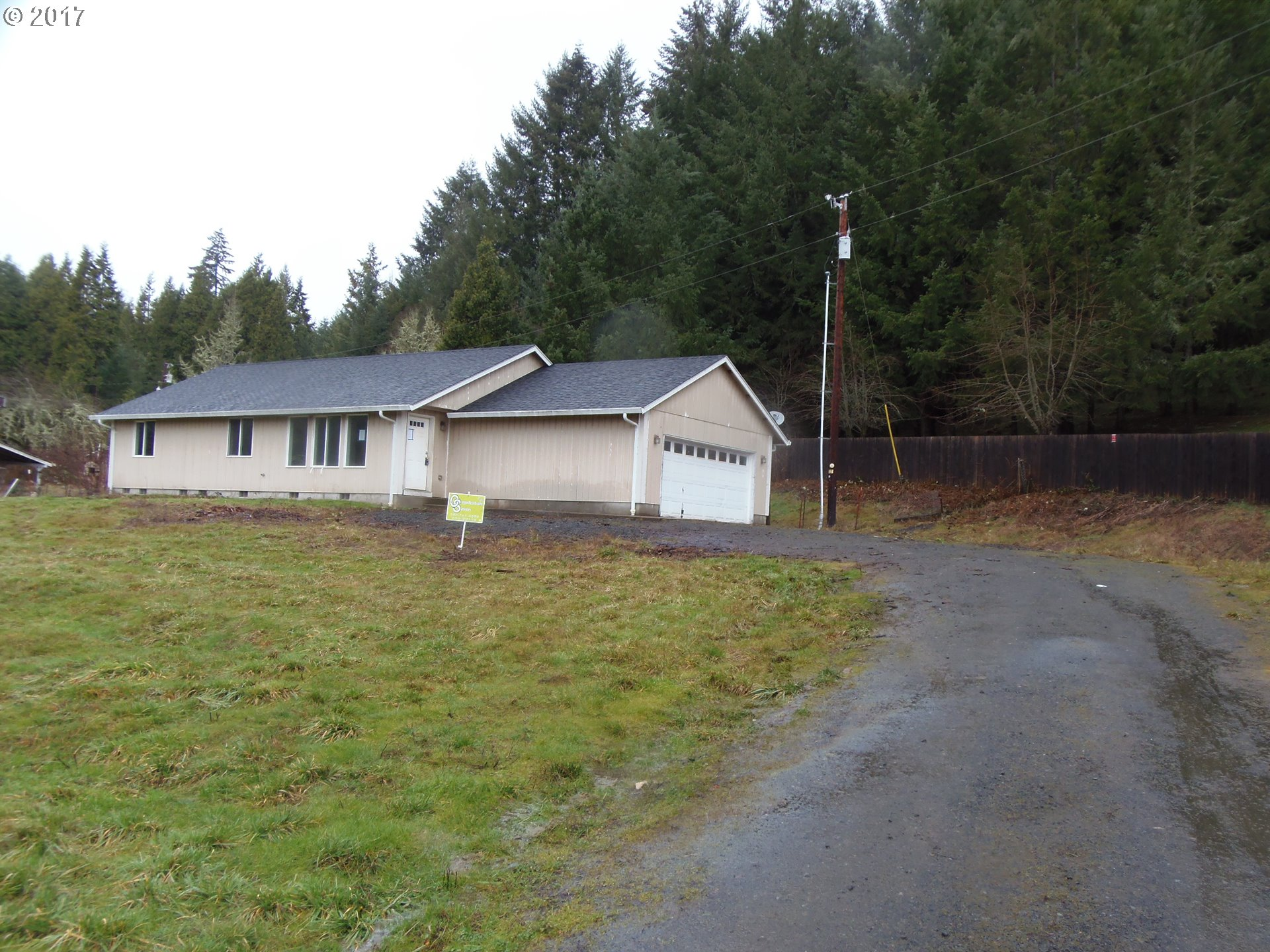 33805 ROW RIVER RD, Cottage Grove, OR 97424