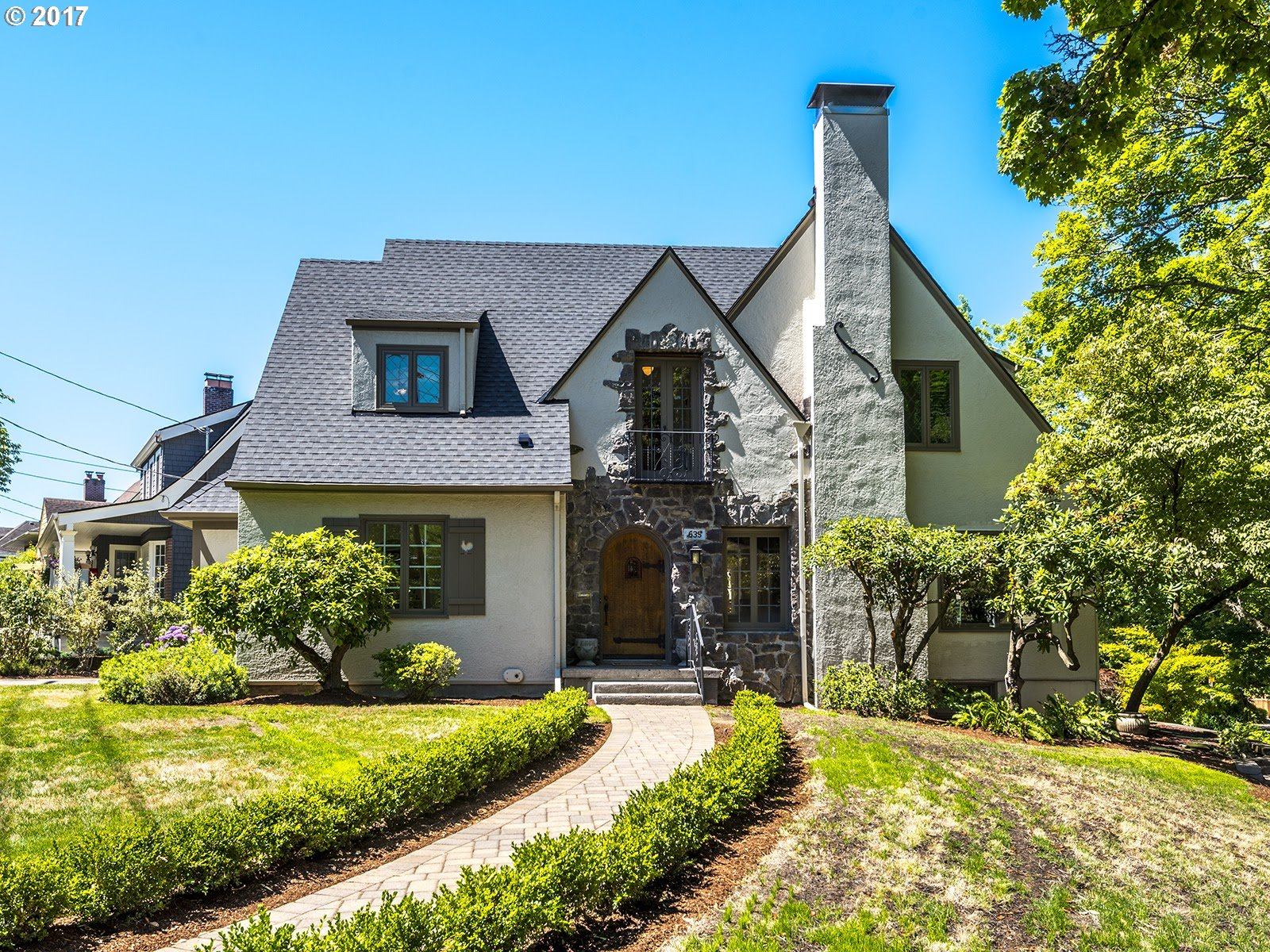 Rich with warm design and historic Laurelhurst charm.Light-filled open floor plan overlooking beautiful tree-lined vistas.Fenced backyard, outdoor fireplace, fountain and 7,000 sf lot.Chef's kitchen, walk in pantry, two laundry rooms, abundant storage.Another artful remodel by McCulloch Construction, built thoughtfully from design up.