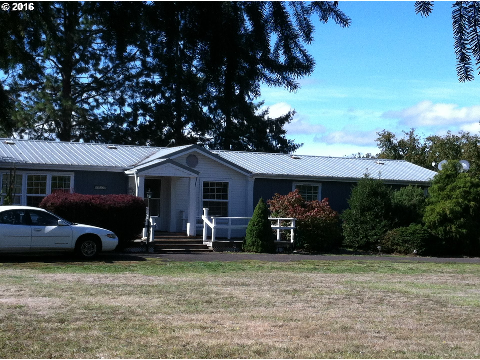 34753 Danstrom RD, Creswell, OR 97426
