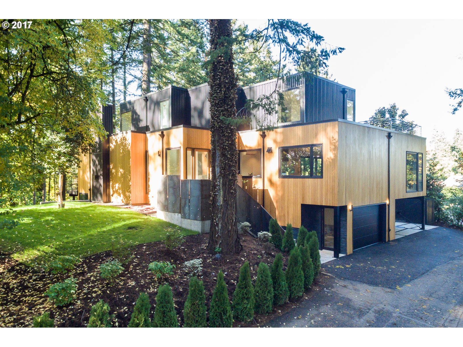 3919 SOUTHSHORE BLVD, Lake Oswego, OR 97035