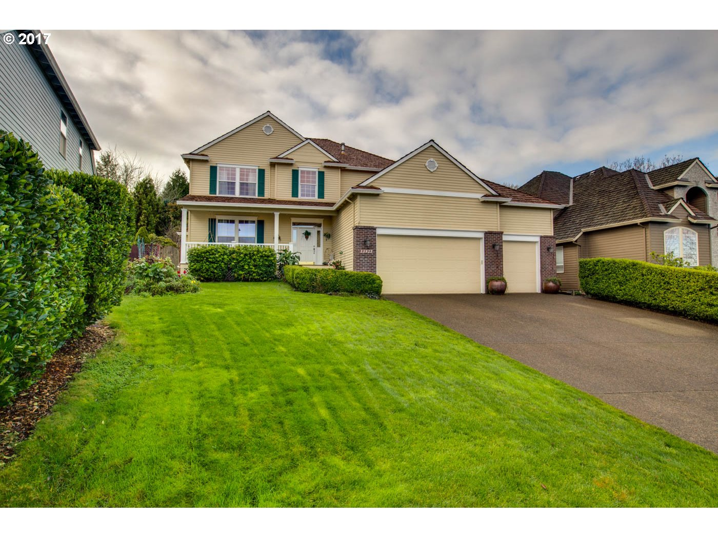 13923 SW AERIE DR, Tigard OR 97223