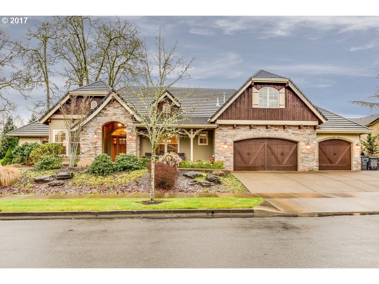 973 NW OAKMONT CT, McMinnville, OR 97128