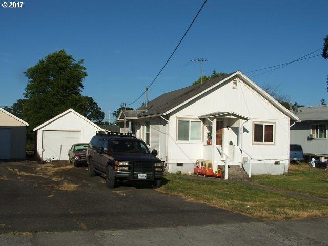 242 N 6TH ST, St. Helens, OR 97051