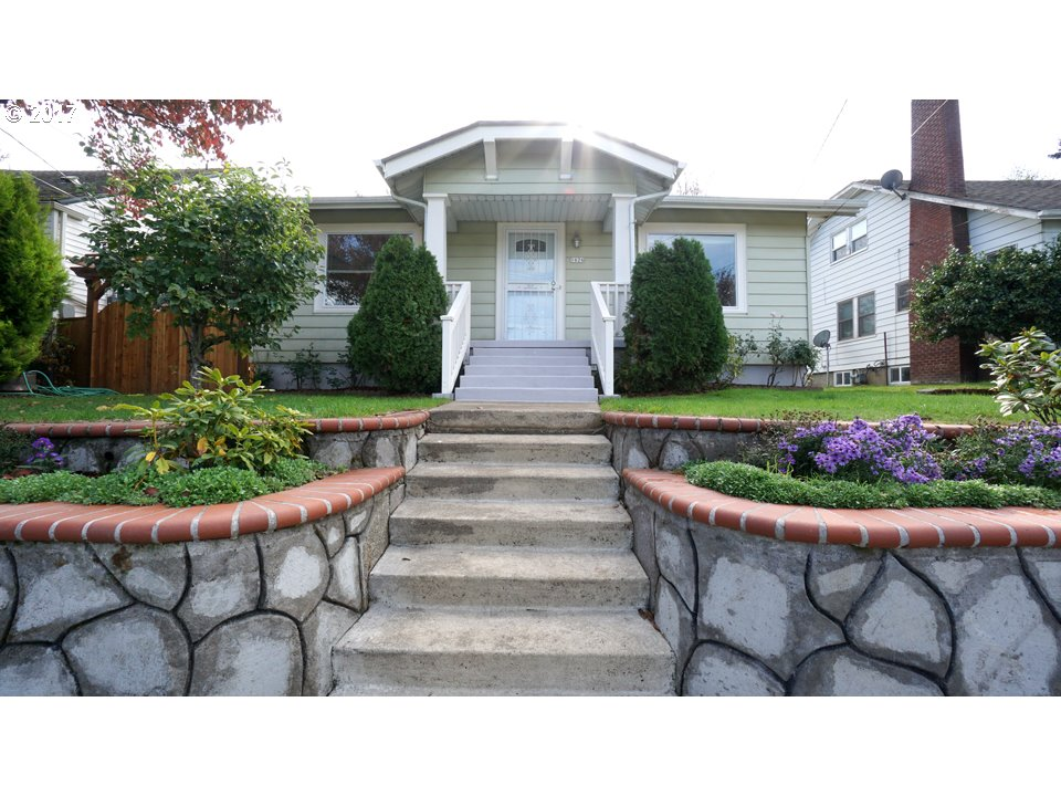 Charming 4 beds, 2 baths home with numerous updates,remodeling. New 30 year roofing. Historic livingroom with upgraded hardwood floors&sliding doors. New granite kitchen countertops with tiled floors around kitchen&dining room. Convenient location to freeway I-5&shopping center. Central location with an easy commute todowntown&walking distance to bus and max lines. Large yard with beautiful landscape plus new patio/deck/gate around.