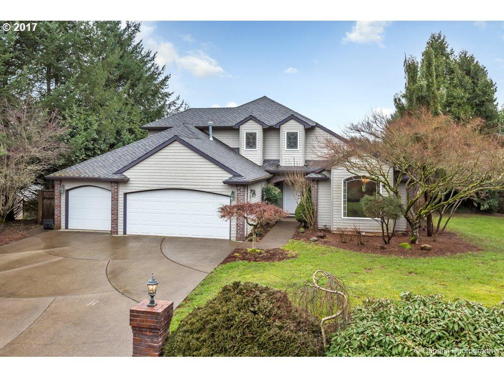 17702 S FIELDSTONE LN, Oregon City, OR 97045
