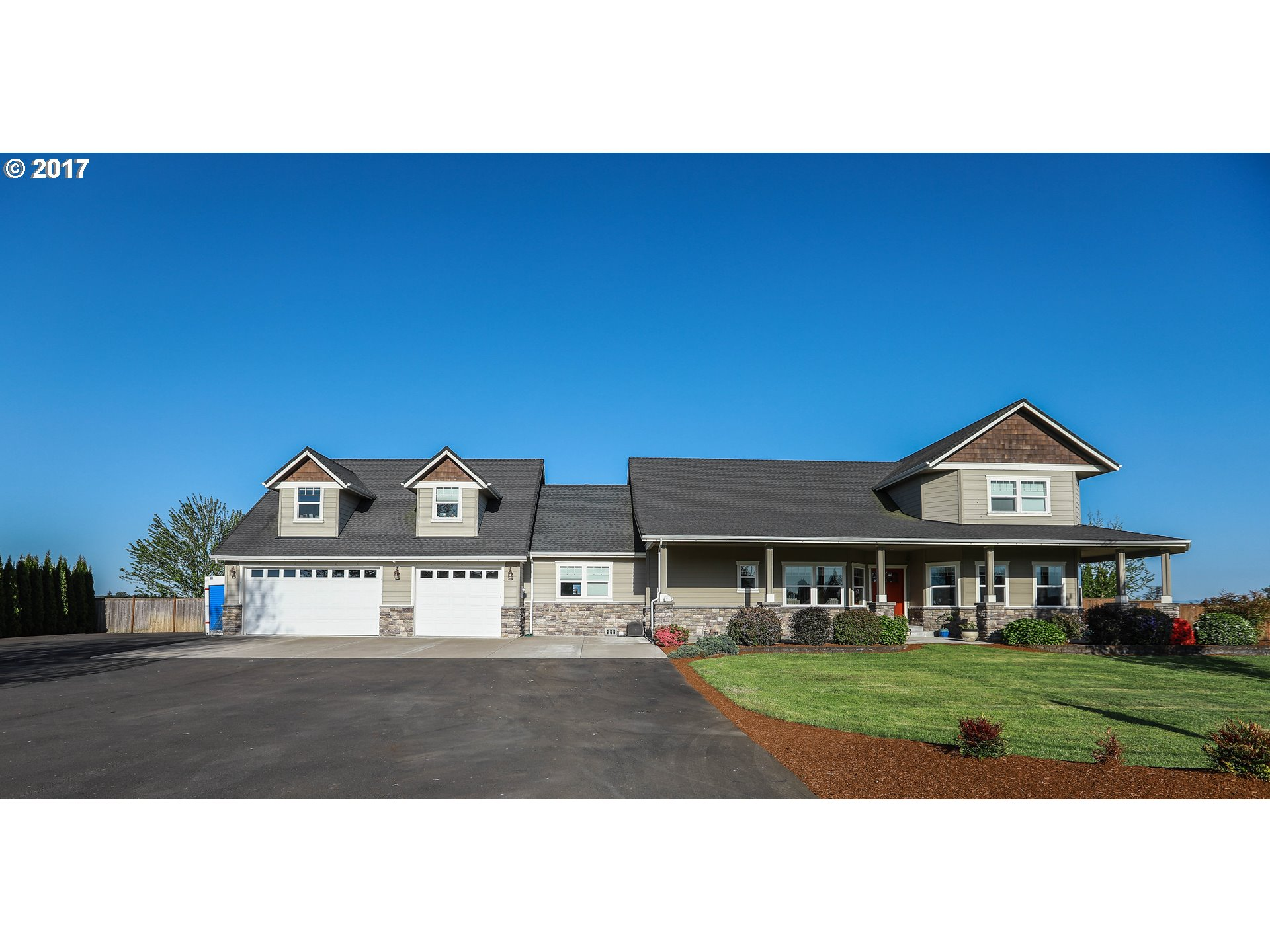 225 E 18TH AVE, Junction City, OR 97448