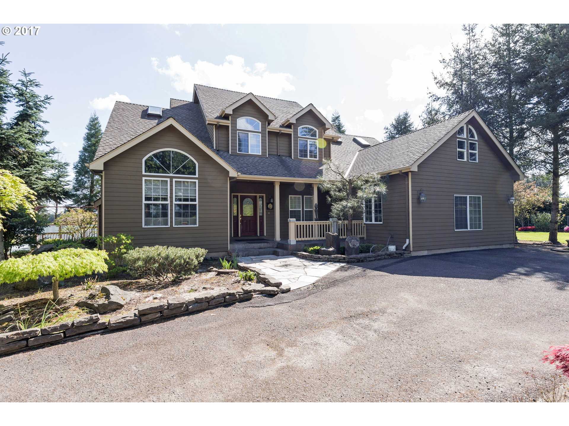 8784 S HEINZ RD, Canby, OR 97013