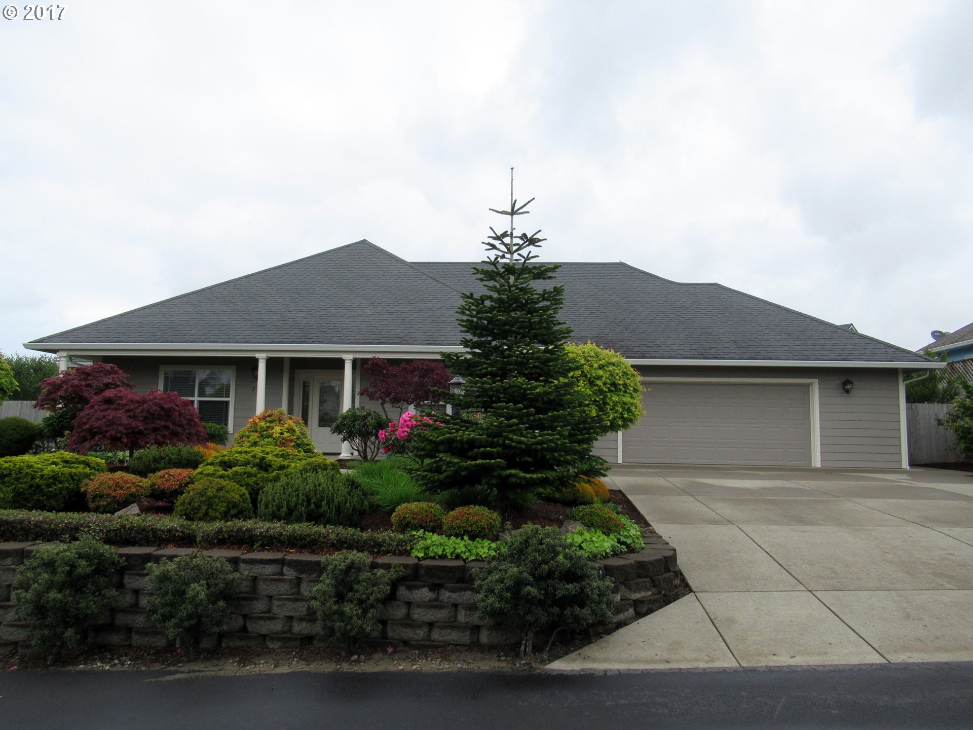 2302 E WILLOW LOOP, Florence, OR 97439