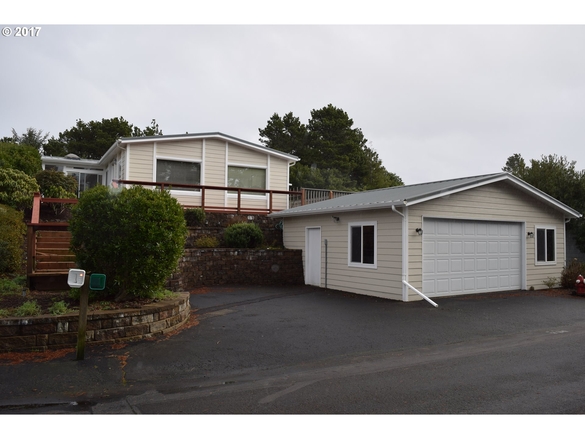 1601 RHODODENDRON DR 536, Florence, OR 97439
