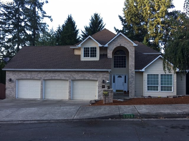 6868 FORSYTHIA ST, Springfield, OR 97478